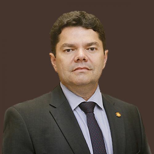 Dr. Marlúcio Lustosa Bonfim