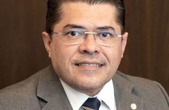 Dr. Valdetário Andrade Monteiro